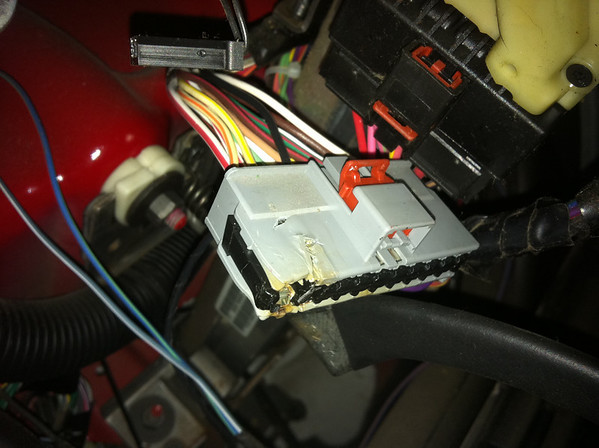 1181000080_n7qYo M parking lights out jeepforum com 5183442aa wiring harness repair kit at crackthecode.co